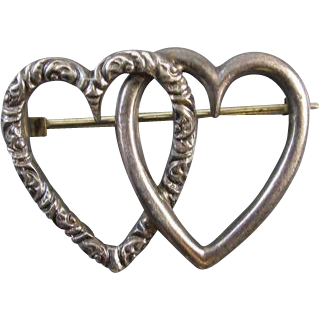 Antique Victorian sterling silver entwined hearts pin brooch