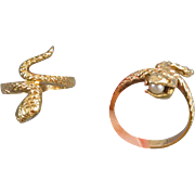 Vintage 14k gold snake with pearl in mouth bypass ring size 3.5 pinkie midi pinky signed Bristol