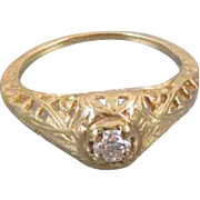 Vintage Art Deco 14k gold .15 carat diamond filigree engagement ring size 5