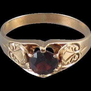 Mans antique Victorian 10k rose gold 1.38 carat garnet solitaire ring, size 12