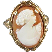 Vintage Art Deco 10k gold cameo ring with flower and bow detail, size 6-1/2