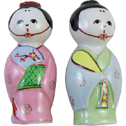 Darling vintage ceramic / porcelain / man & woman figural Japan salt and pepper shakers / asian / japanese / oriental /  hand painted / shabby chic / vintage kitchen