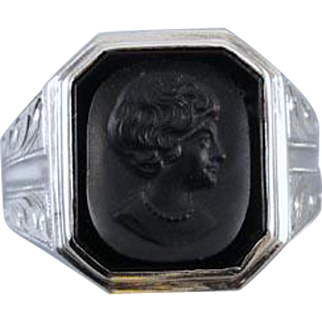 Vintage Art Deco 10k white gold black onyx cameo intaglio flapper girl short bobbed hair with pearl necklace ring / size 8-3/4 / unisex