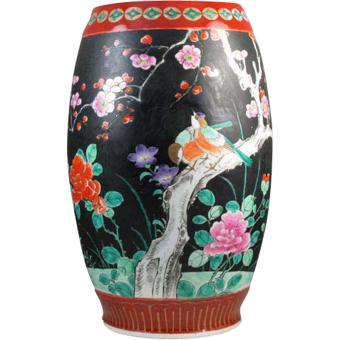 Extra large vintage hand painted Birds and floral Japanese Satsuma urn vase ceramic / pottery / Asian / Oriental / Japan / Moriage