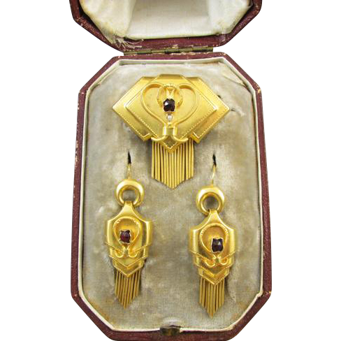 Very scarce Austro Hungarian antique Victorian 22k gold garnet and seed pearl demi parure earrings brooch pin set / original fitted case