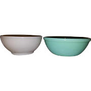 Pair of vintage mid century Anchor Hocking Fire King oven glass bowls / jadeite / jade-ite / green / ivory / jadite