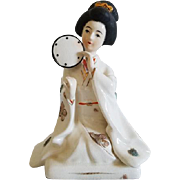 Vintage Japan geisha woman with fans porcelain figurine / Napco / Asian / Oriental / ceramic / pottery / Napcoware