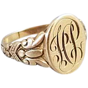 Antique Edwardain Art Nouveau 10K gold signet ring with engraved winged butterfly shoulders, size 6