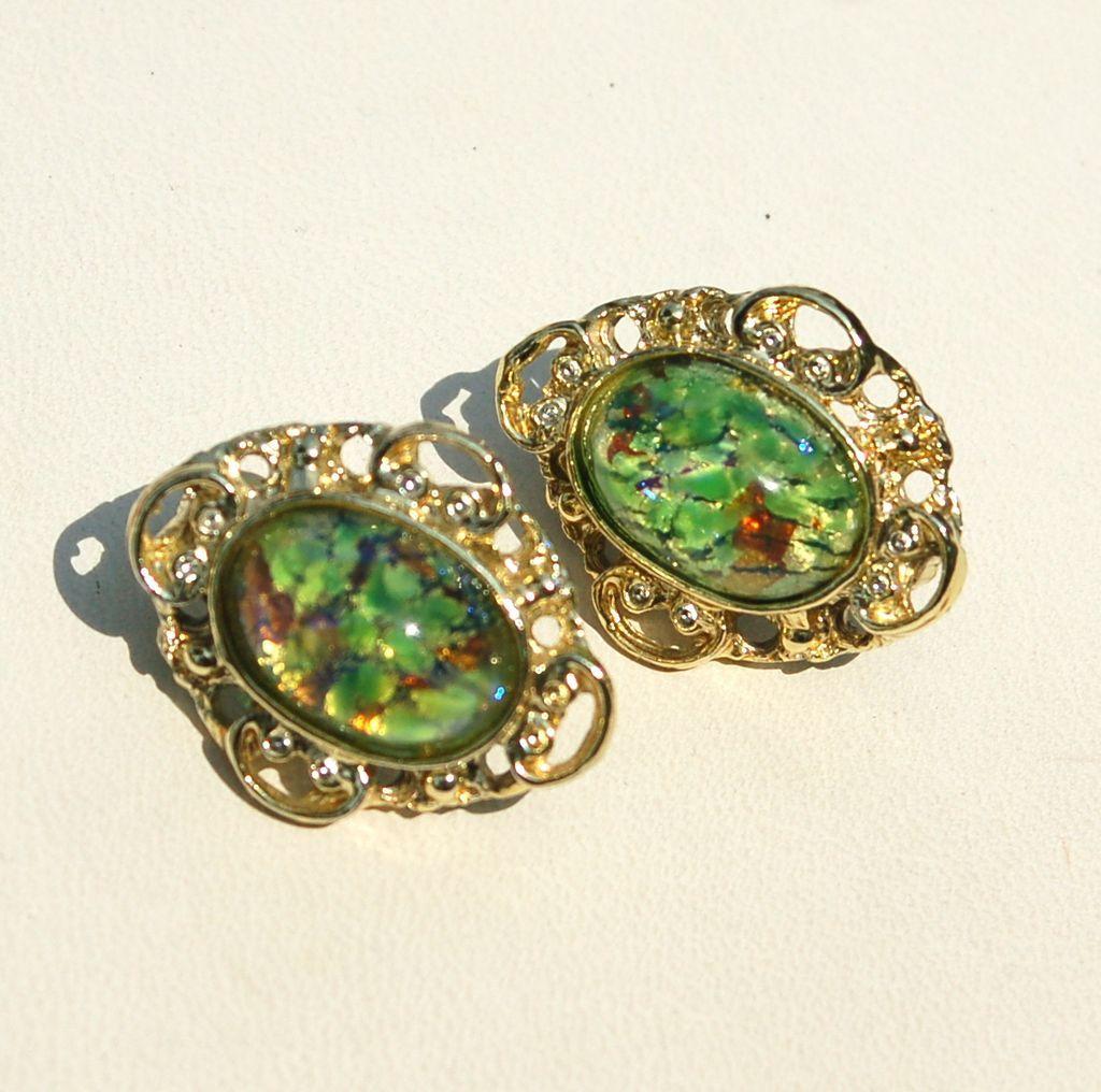 Vintage Cats Eye Glass Stone Clip Earrings