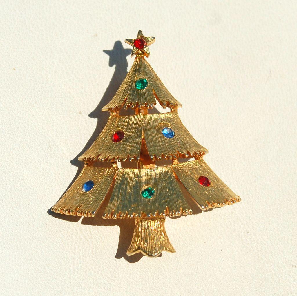 Vintage Signed JJ Rhinestone Christmas Tree Pin
