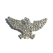 Early Patriotic Rhinestone Covered Eagle Facing Left Pin