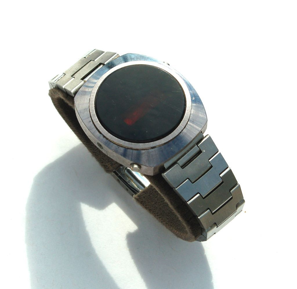 Unbranded, Vintage Red LED watch ID please :)