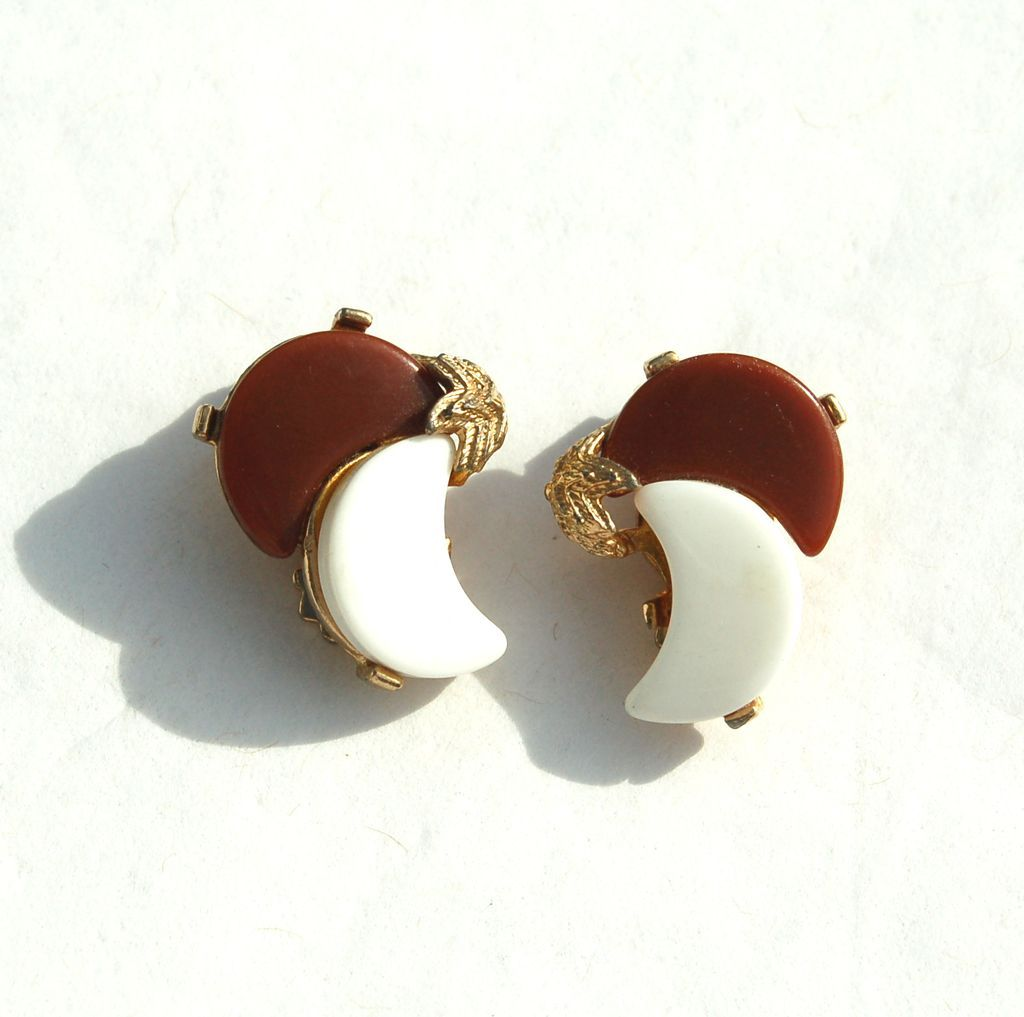 Vintage Brown and White Thermoset Crescent Moon Earrings