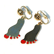 Adorable Vintage Dangling Feet Clip Earrings, Painted Toenails