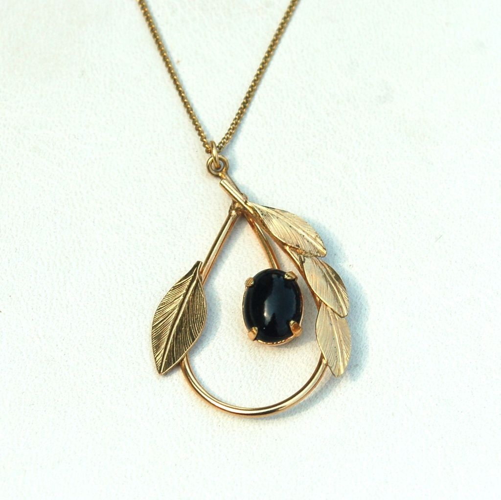 Vintage Hallmarked 12K Yellow GOLD Filled Necklace with Genuine Onyx