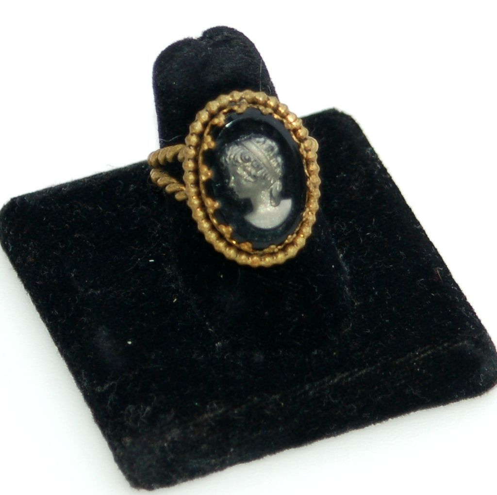 Vintage Signed WEST GERMANY Hematite Cameo Twisted Band Ring