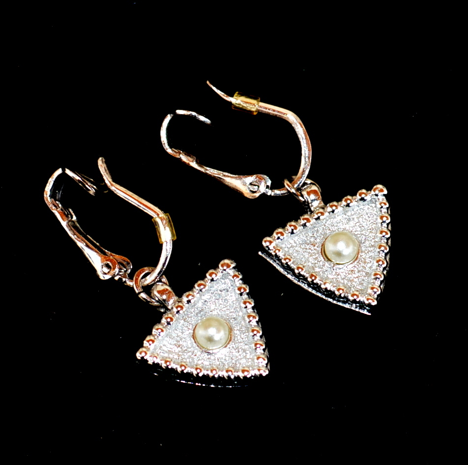 Vintage Reversible Signed SARAH COVENTRY Clip Earrings, Faux Pearls Rhinestones