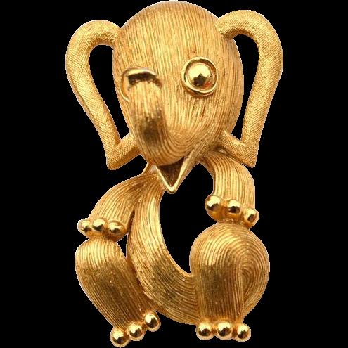 Vintage Signed CROWN TRIFARI Gold Tone Elephant Pin