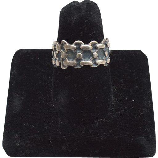 Hallmarked TAXCO Mexico Sterling Silver Intricate Band Ring