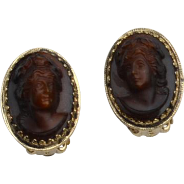Vintage Signed WHITING & DAVIS Cameo Clip Earrings