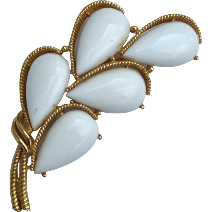 Vintage Signed CROWN TRIFARI White Teardrop and Gold Toned Pin