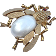 Vintage Signed CROWN TRIFARI Pearl Jelly Belly Bee Pin, Fantasies Series