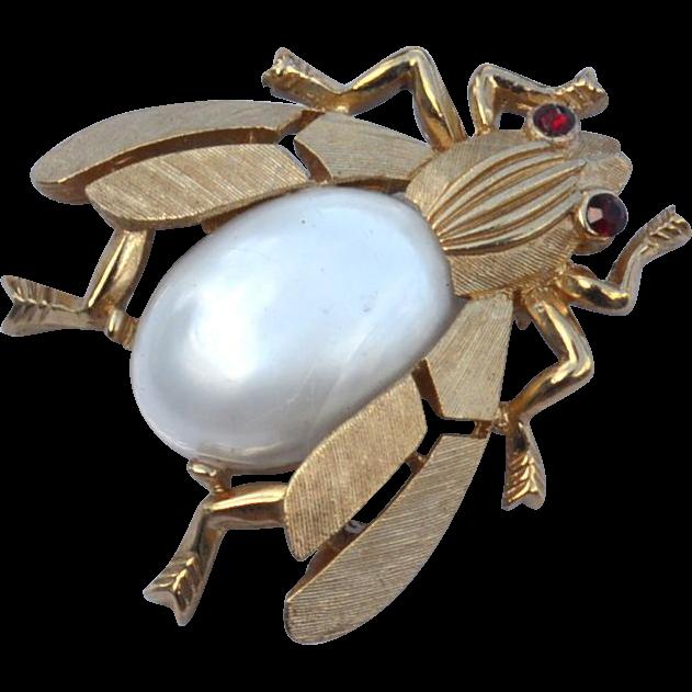 Vintage Signed CROWN TRIFARI Pearl Jelly Belly Bee Pin, Fantasies Series