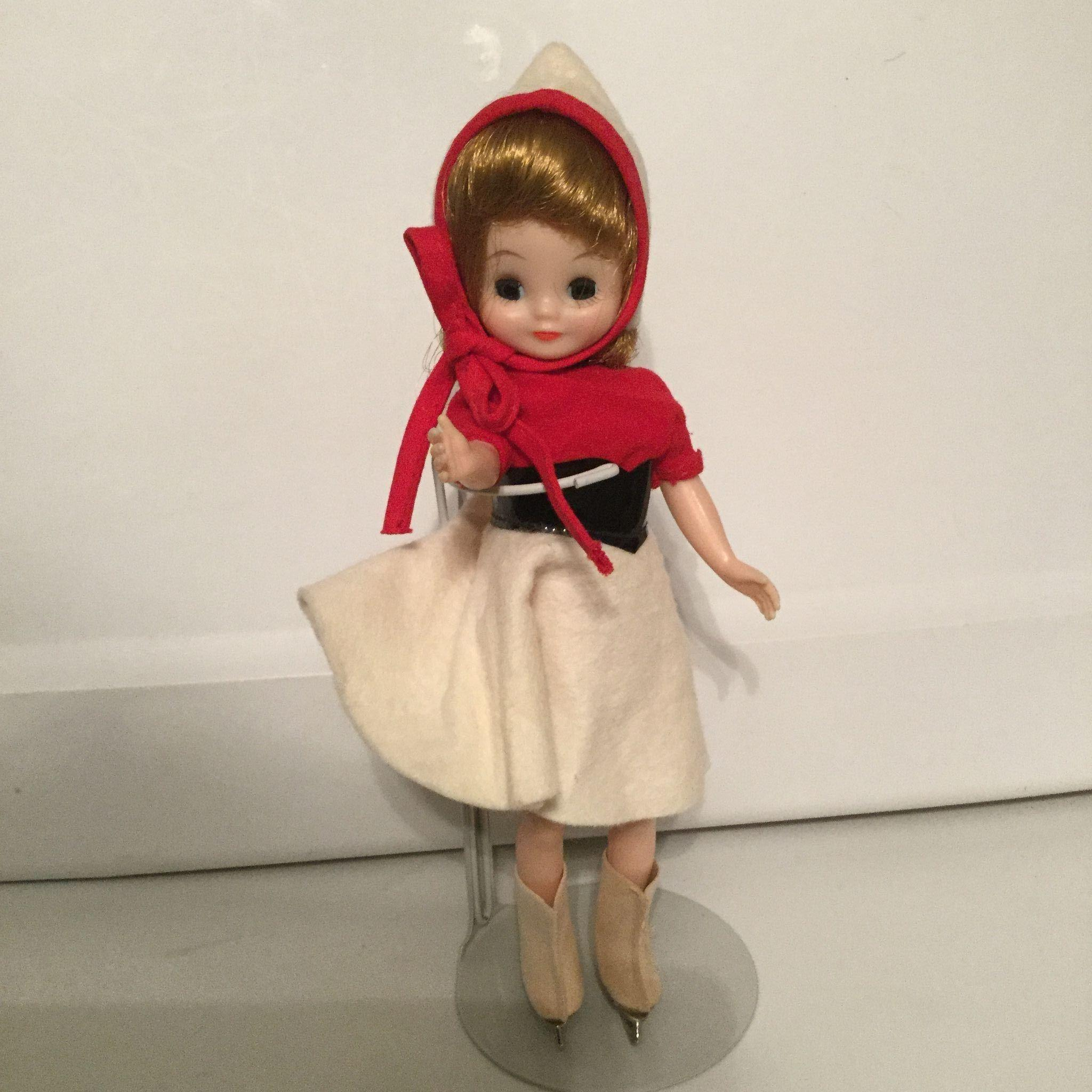 "8"" Betsy McCall vintage Skater 1950s Beautiful by American Character"
