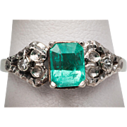 Vintage Emerald and Diamond Ring in18k White Gold