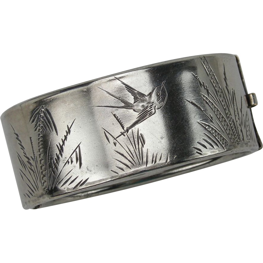Victorian Aesthetic Movement Bracelet w. Bird, silver plated