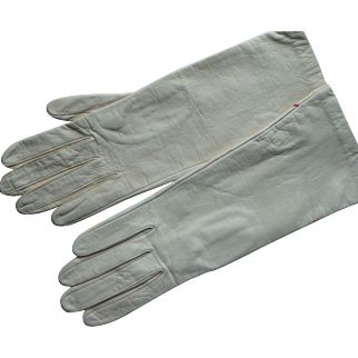 Vintage French Ivory color Leather Silk Lined Women's Gloves, size 7 1/2