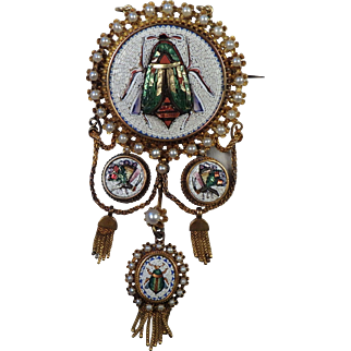 Mid Victorian Egyptian Revival Micro Mosaic 17K Gold Brooch Pendant with Pearls
