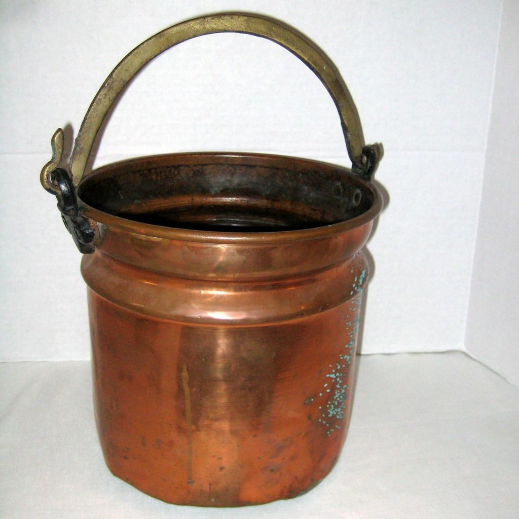 Large Hammered Copper Turkish Ottoman Bucket