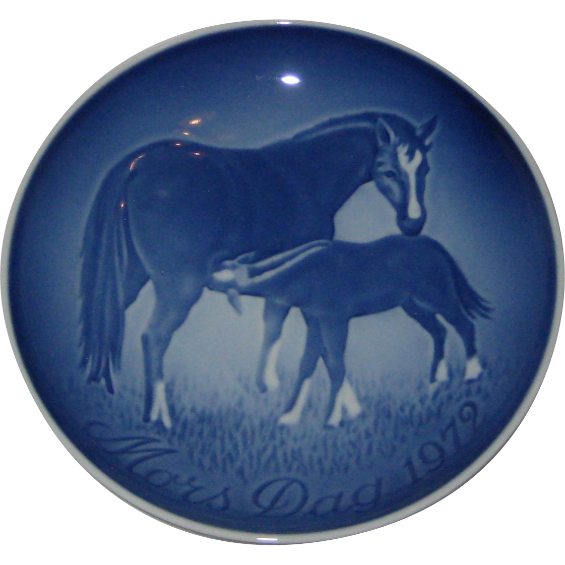 Bing and Grondahl Copenhagen Porcelain 1979 Mother's Day Plate - Mare and Foal - Horses - Original Box