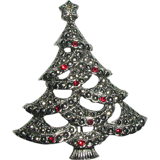 Signed Avon 1983 Old Fashioned Christmas Tree Pin with Red Rhinestones and Marcasites