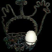 Bent Wire Chicken Egg Holder