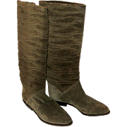 Light Brown Suede Saks Fifth Avenue Knee Boots - Women's Size 8 B - Mint- Made in Italy