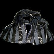 Oscar de La Renta Black and Metallic Gold Oblong Scarf - Polyester, Made in Italy