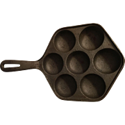 Cast Iron Muffin or Cornbread Pan