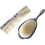 Vanity Hairbrush and Comb Set