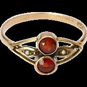 Victorian 9K Gold & Garnets Ring - English Hallmarks