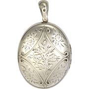 English Victorian Sterling Silver Engraved Locket