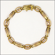 English Edwardian 9 Carat Gold Engraved and Pierced Bracelet