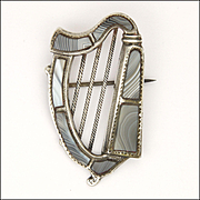 Victorian Scottish Montrose Agate on Sterling Silver Harp Pin