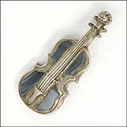 Victorian Scottish Montrose Agate on Sterling Silver Cello Pin