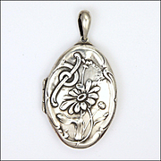 Art Nouveau German Heavy Silver Daisy Locket