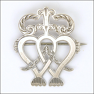 Victorian Scottish Sterling Silver Luckenbooth Brooch