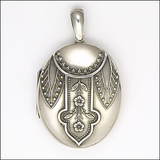Victorian 1880 Sterling Silver Embossed and Engraved Locket