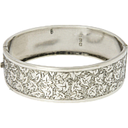 English Victorian 1880 Sterling Silver Ivy Engraved Bangle