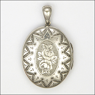 Victorian Sterling Silver Engraved Roses Locket with Photos